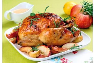 Курица ароматная, запеченная с чесночком и специями