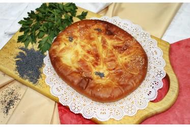 Пирог со скумбрией и жареным луком