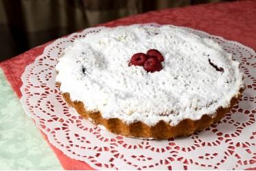 Киш десертный с малиной